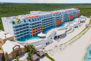 Mexico's First Nickelodeon Resort Is Now Open — and It Comes With a Spongebob-style Pineapple Suite
