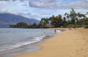 Hawaii Gov. Discourages Travel to State Amid Uptick in COVID-19 Cases
